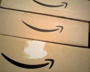 shippingboxes_amazonwars