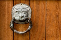 knocker_knockknock-613x408