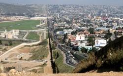 border_BuddiesAcrosstheBorder