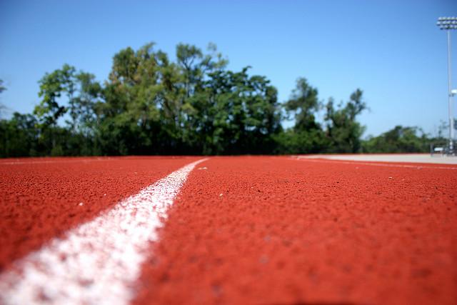 track2_WhenGirlsFirstRan1