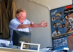 Vin-Scully-Succession