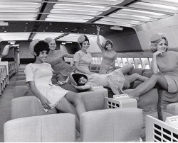 stewardesses_Mad Men Look Back