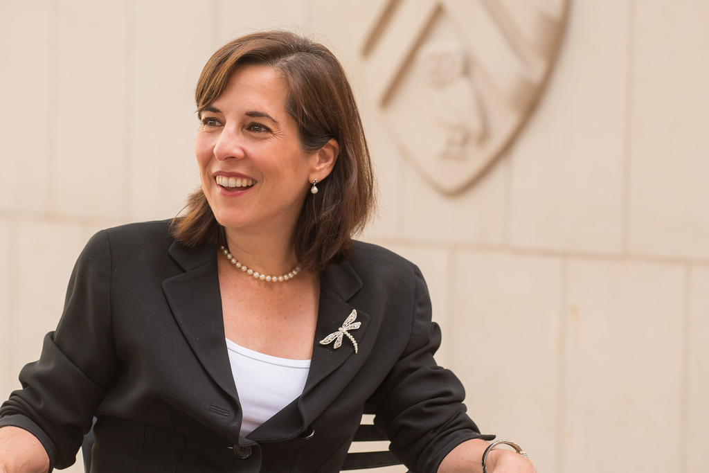 Claudia Kolker