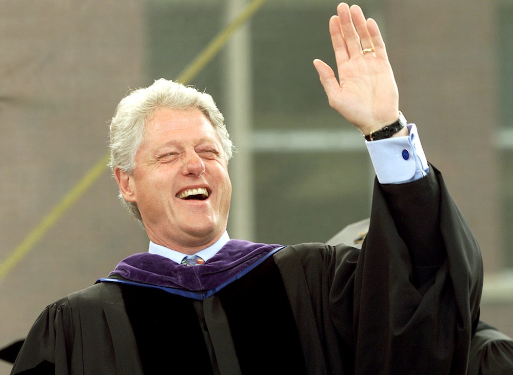 CLINTON SPEAKS AT CARLETON COLLEGE COMMENCEMENT.