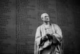 Did Isaac Newton Need Peer Review?