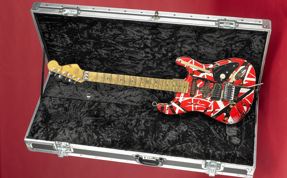 electric guitar essay Learn how to describe the sound of a guitar by understanding the different types of guitars and guitar music  electric guitar facts.