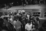Poem (Campanioni) crowd train
