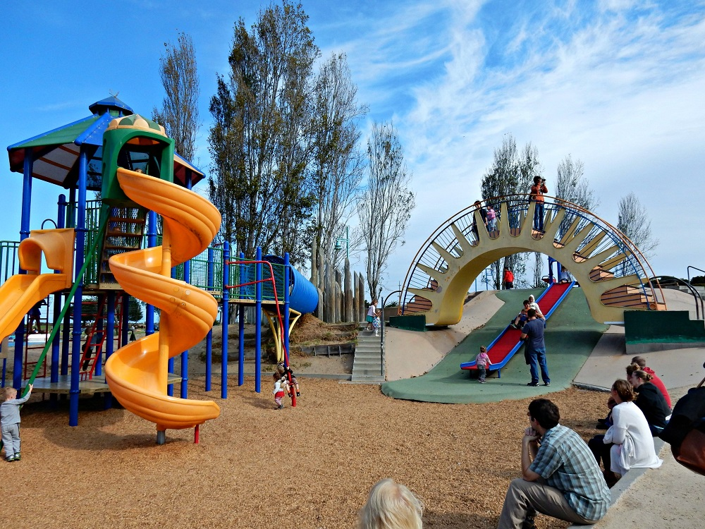 why kids need delightfully dangerous playgrounds