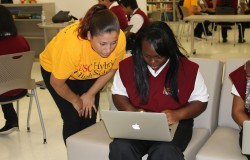 USC Rossier alumna Alejandra Mendoza teaches at USC Hybrid High School.