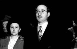 RETRANSMITTED FOR BETTER QUALITY - Julius  Rosenberg and  his wife, Ethel, are shown in a March 1951 file photo taken during their espionage trial in New York. Alexander Feklisov, 83, a retired KGB spy says Julius Rosenberg helped organize a 1940s espionage ring for Moscow but was not directly involved in stealing U.S. secrets about the atomic bomb. (AP Photo)