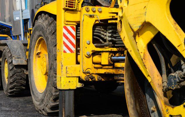Asphalt road roller
