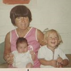 Seggel (the smallest one) with her mother and a relative.