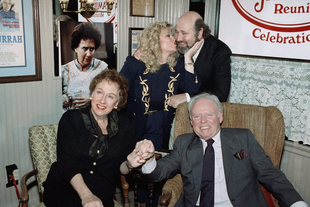 A reunion of the cast of All in the Family at O'Conner restaurant in Beverly Hills in 1991. Photo by Chris Martinez/Associated Press.
