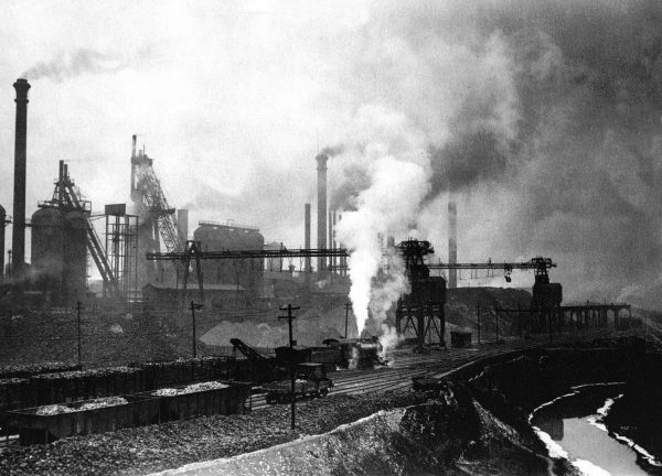 Duquesne Works of Carnegie Steel Co., circa 1901. Photo courtesy of Carnegie Library of Pittsburgh.