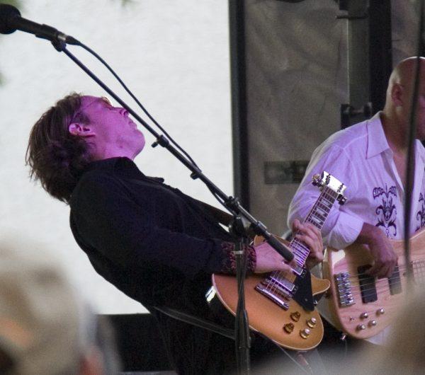 Joe Bonamassa on stage at the San Jose Jazz Festival in 2008. Photo courtesy of Paulo Philippidis/Flickr.