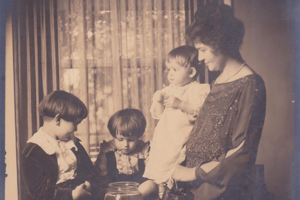 How Our Grandmothers Disappeared Into History  Essay  Zcalo  The Authors Greatgrandmother With Children Photo Courtesy Of Katy  Simpson Smith